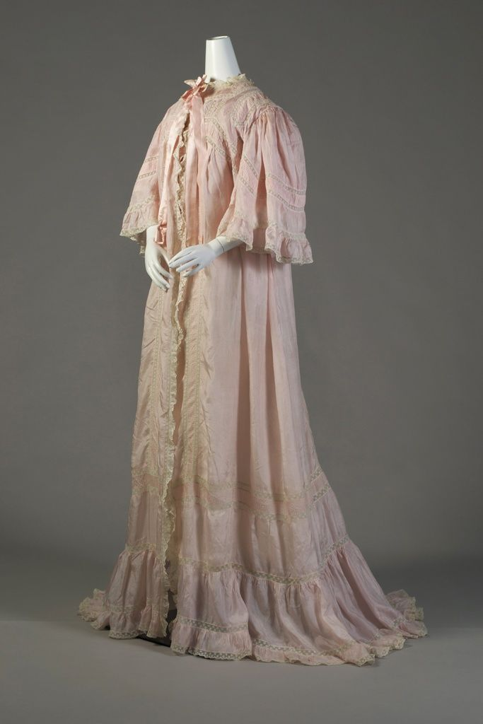 Dressing Gown, 1907 | Historical Fashion | Pinterest | Gowns, 20s ...