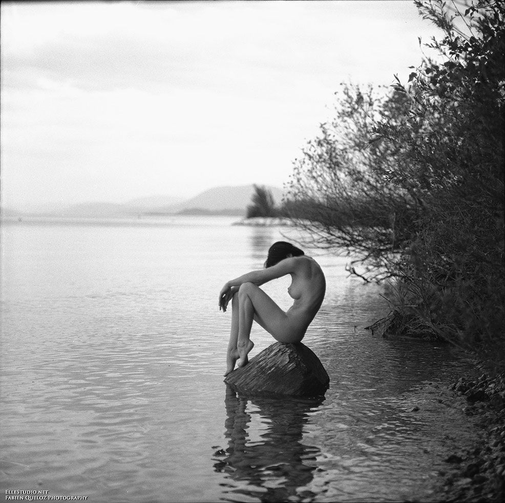 The Lady at the Lake / Pentacon 6 - Ilford PanF 50 Fabien Queloz ...