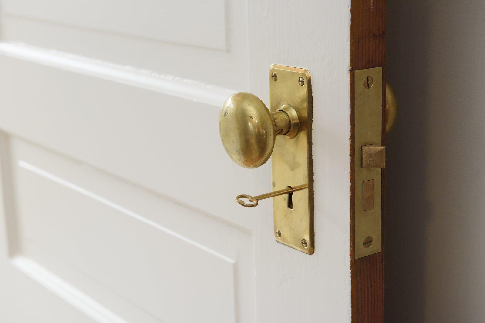 Pin On Modern Doors