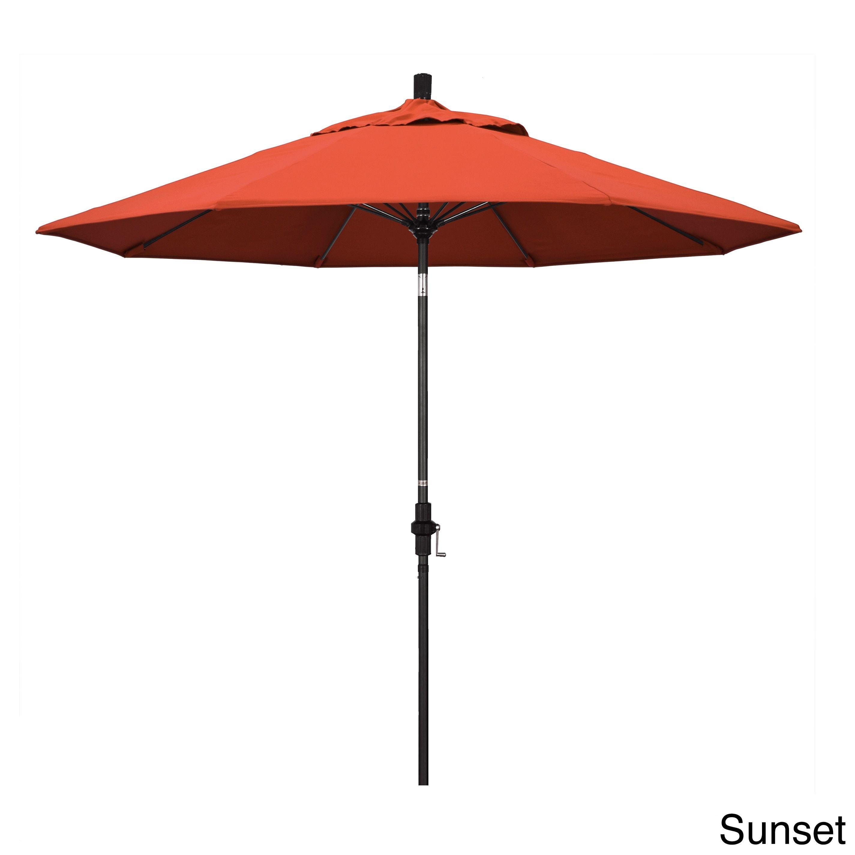 California Umbrella 9' Rd. /Fiberglass Rib Market Umb, Deluxe Crank Lift/Collar Tilt, Finish, Olefin Fabric