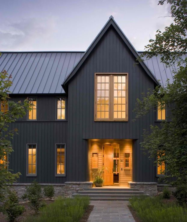 Best Dark Gray Barn Home Modern Farmhouse Exterior Gray 400 x 300