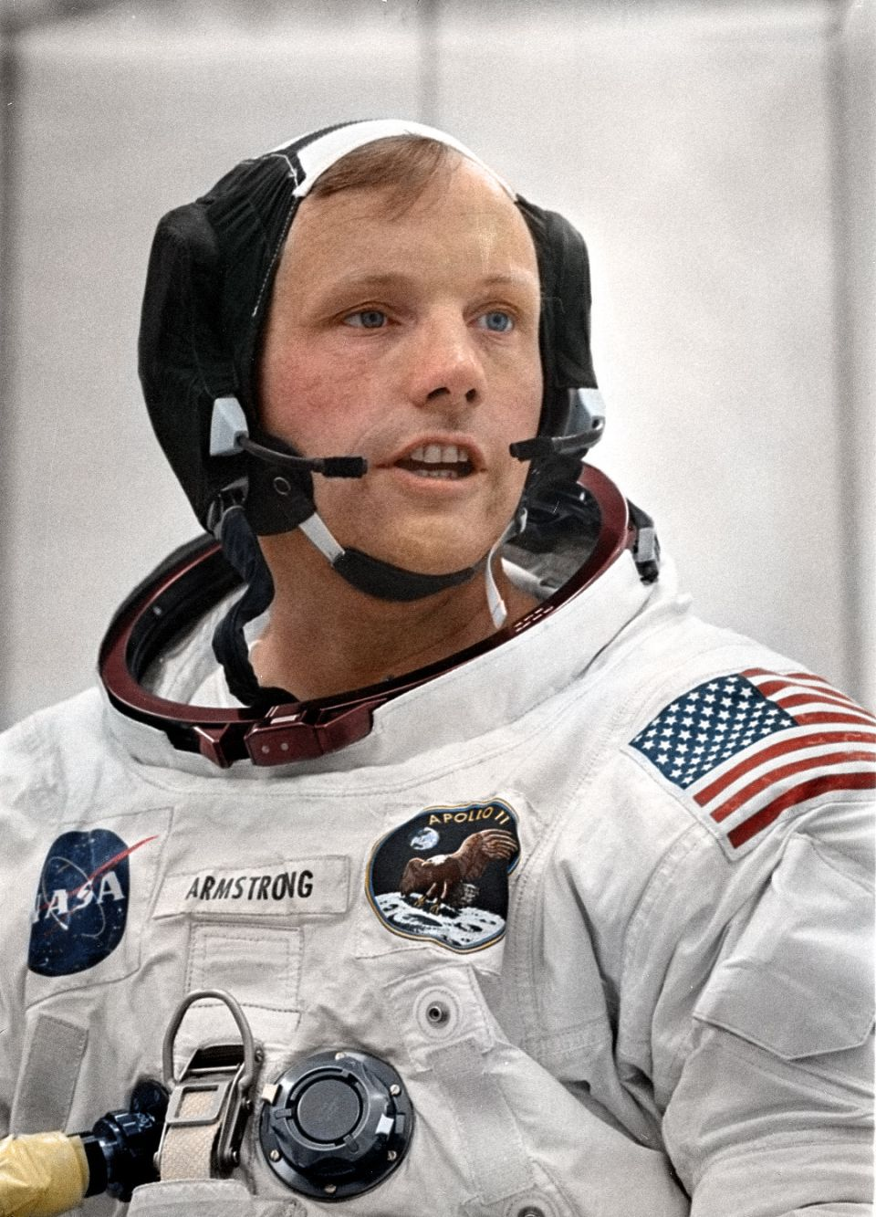 Neil Armstrong training for Apollo mission   Undermatic