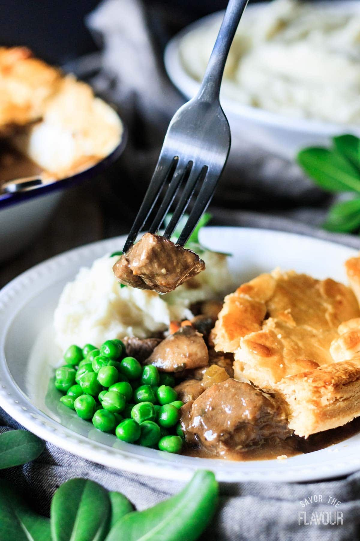 How to Cook Steak and Ale Pie | Recipe | Steak and ale ...