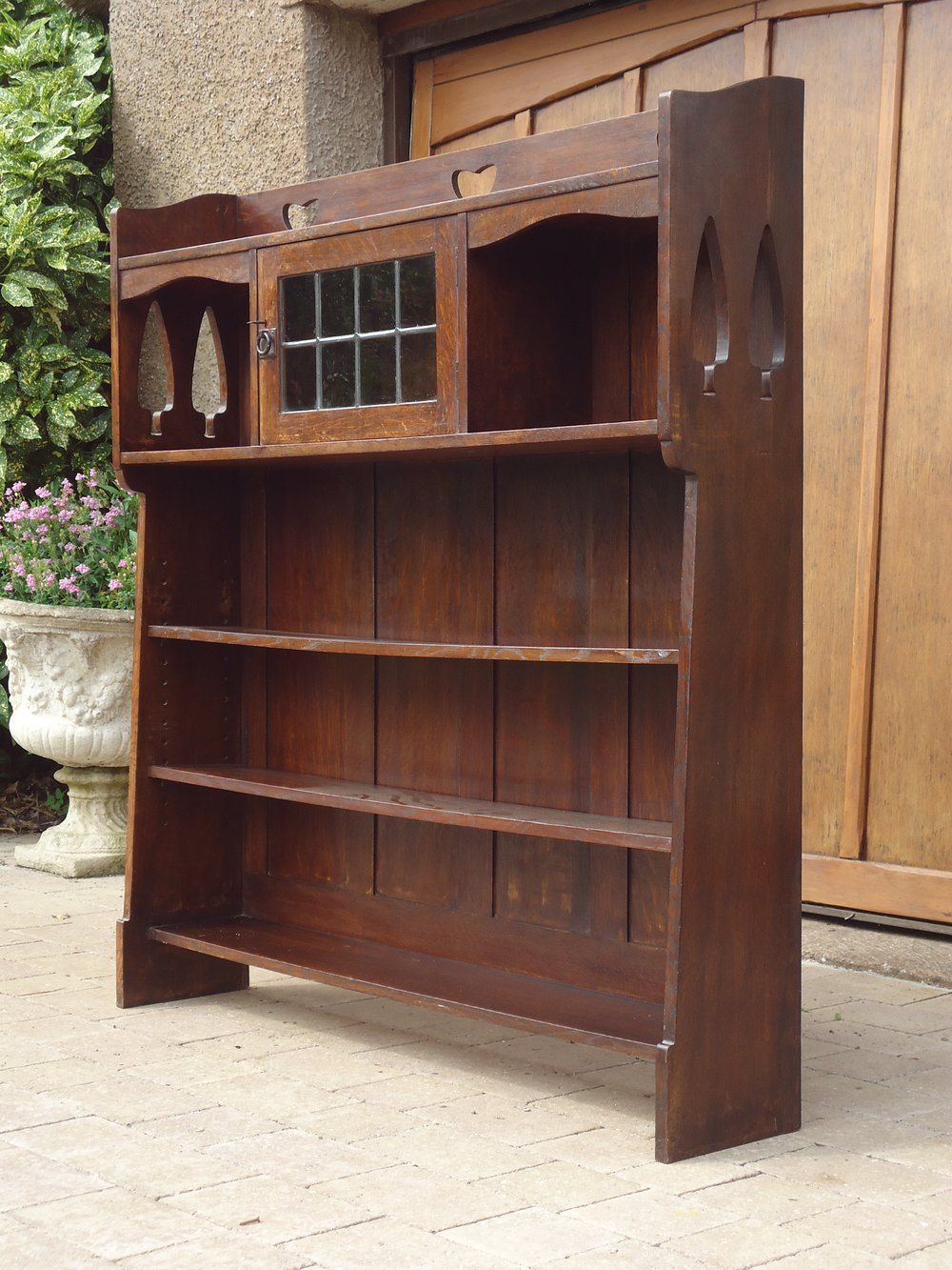 21++ Arts and crafts open bookcase info