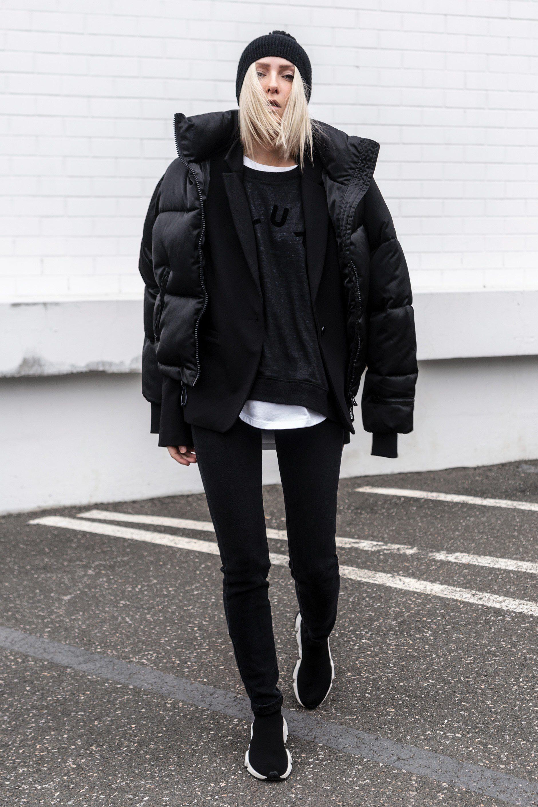 D Luxe Short Puffer Luxe Shorts Short Puffer Jacket Luxe Clothing [ 2820 x 1880 Pixel ]