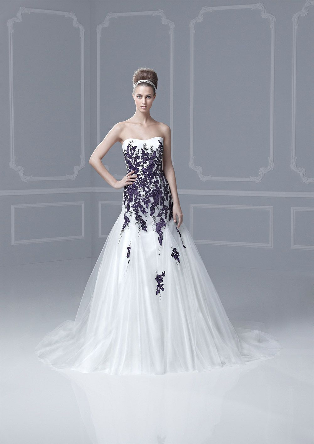 Gothic Wedding Dresses: 15 Dramatic Gowns | Wedding dress, Gothic ...