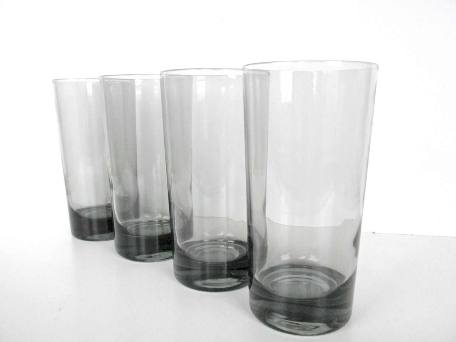 Mid Century Modern Smoked Glass Tumblers Smokey Grey Highball Glasses Set Of 4 Modern Drink Glasse Modern Drinking Glasses Vintage Glassware Drinking Glasses