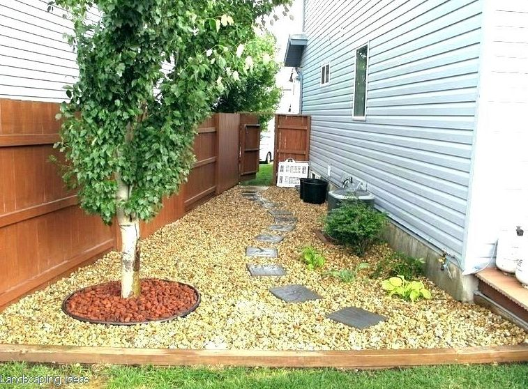 Entrance Yard Landscaping Ideas To Add Instant Curb Appeal In 2020 Side Yard Landscaping Backyard Ideas For Small Yards Patio Landscaping