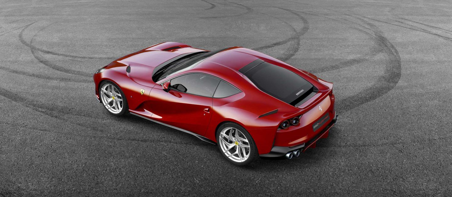 812 Superfast A Ferrari Design Conveying Power And Aggression Super Cars Super Sport Cars Sports Cars Luxury