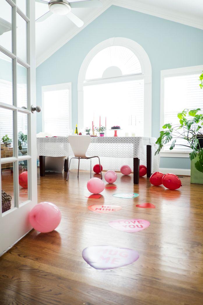 10 Fun Balloon Ideas for Valentine\'s Day.   Romantic