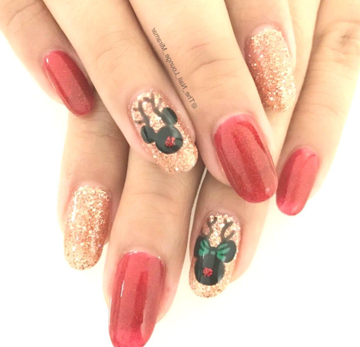 Nail Art Tutorial All I Want For Christmas Is Plaid: Disney Nails Christmas An Interesting Post From POPSUGAR
