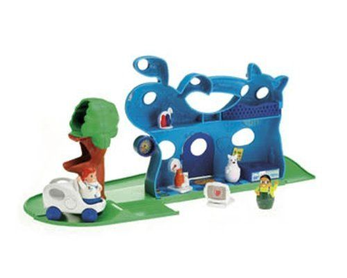 Fisher Price Higglytown Vet Center By Fisher Price 49 99 Saving Animals Is The Job Of A Higglytown Hero Place Animal Sounds Save Animals Baby Toddler Toys