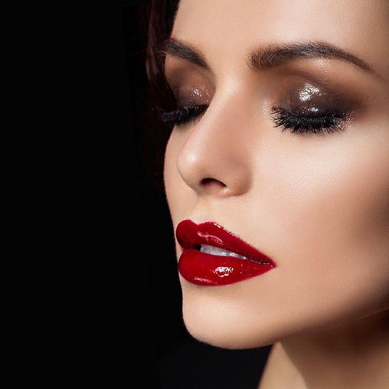 Maquillaje paso a paso para contornear los rostros y crear unos - maquillaje natural de dia