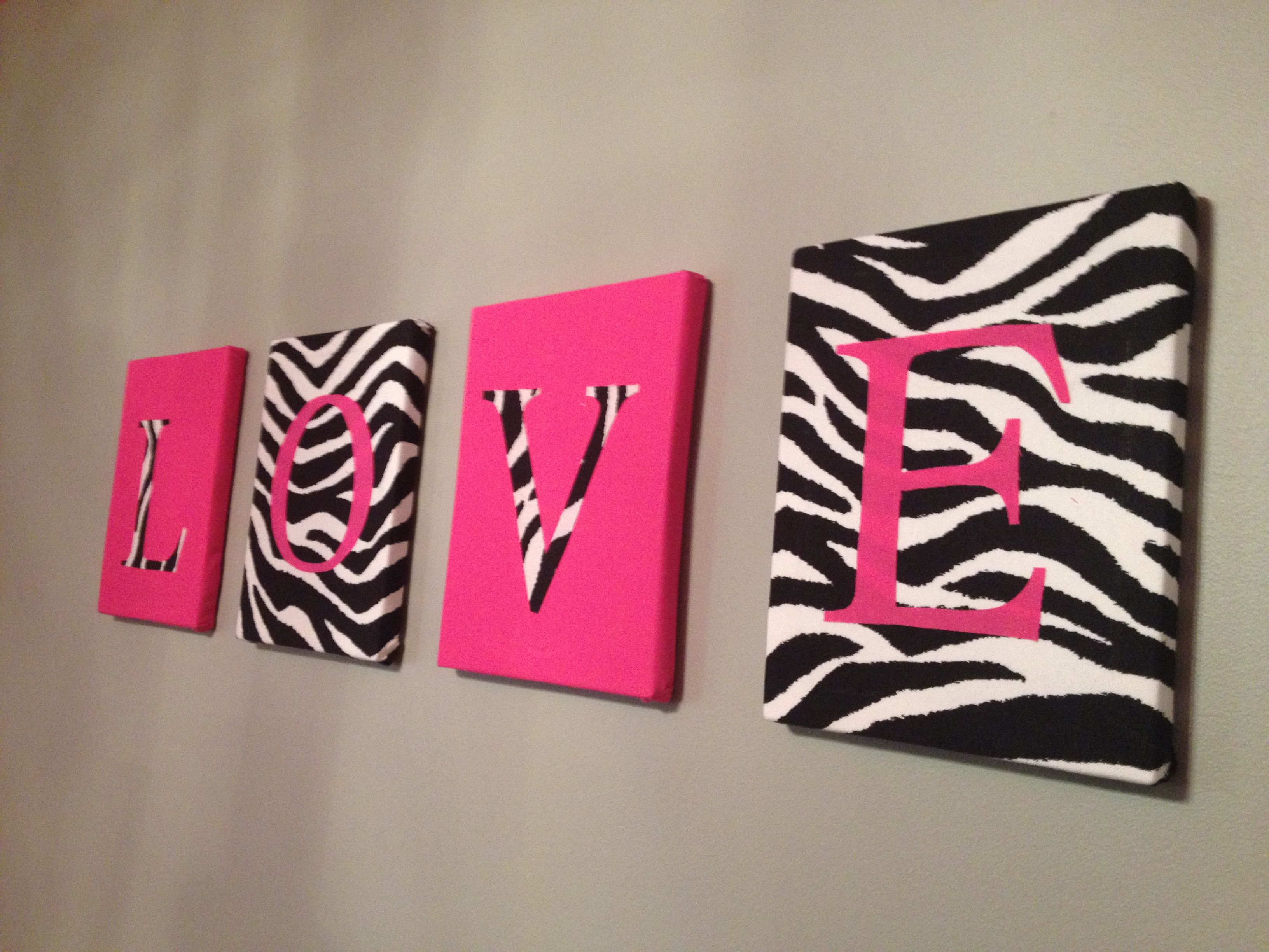 Pink and zebra print bedroom maybe change color to blue or for Room decor zebra print