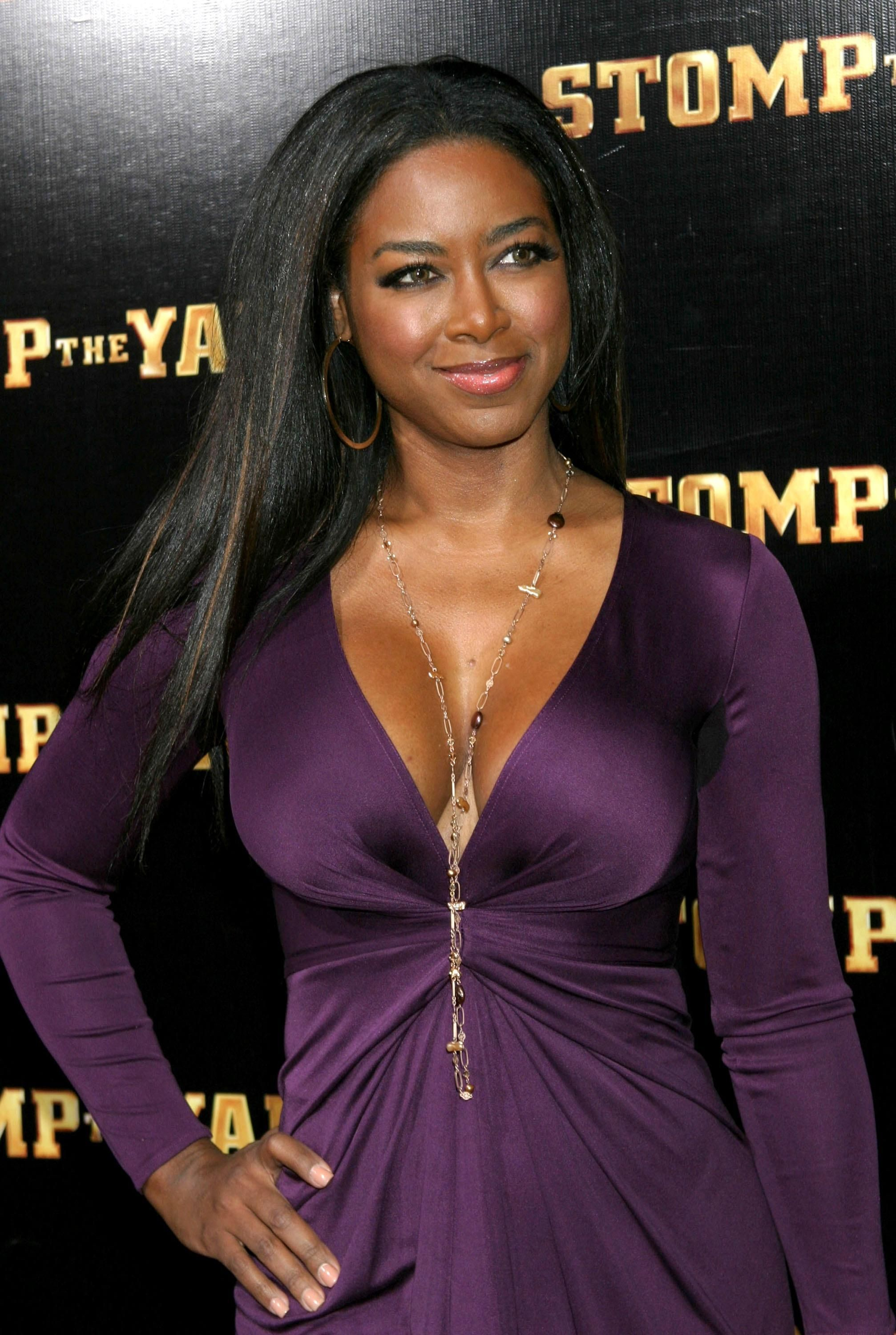 Kenya Moore BLack Is BeautifuL Kenya moore, Ebony