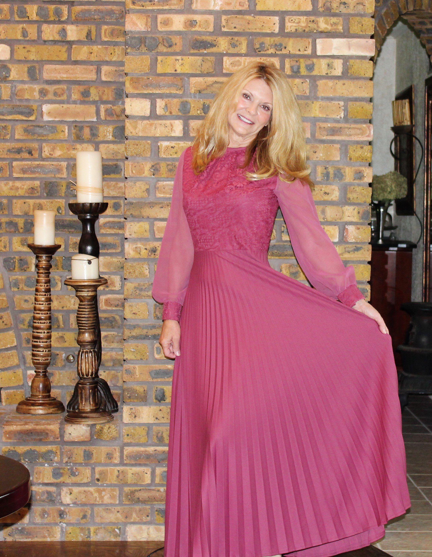 Formal Dress Vintage Size 8 1970 S Long Bright Pink Etsy Bright Pink Maxi Dress Pink Evening Gowns Vintage Formal Dresses [ 2778 x 2152 Pixel ]