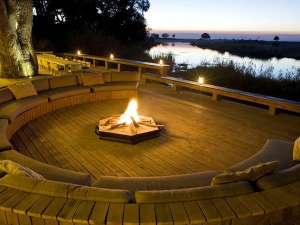 http://www.botswana-travel.org/images/lodges/kings-pool/fullsize/dusk_at_the_fire_pit_fs.jpg