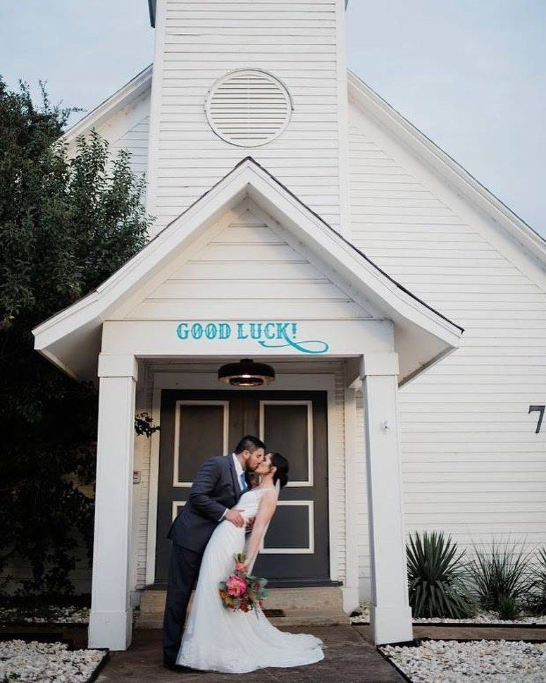 Good Luck! 📷@effjayphotography Pearl Snap Hall, a charming wedding & event venue in historic Georgetown, TX. @pearlsnaphall www.pearlsnaphall.com #weddings #fixerupper #texas #design #vintage #pearlsnaphall #retro #design #photography #bride #coolwedding #offbeatbride #style #AustinWeddingDay #events #texasevents #fashion #picoftheday #love #cool #texasweddings #texasweddingphotography #theknot #marthastewartweddings #marthastewart #weddingwire #stylemepretty #junebugweddings