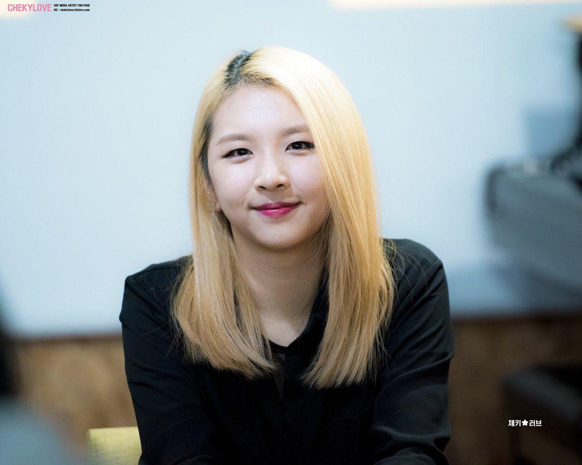 Paling Menjanjikan  Ini Deretan K-pop Idol dengan Masa Pelatihan Tercepat -           paling,menjanjikan,deretan,k-pop,idol,dengan,masa,pelatihan,tercepat