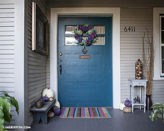 Personalize your entry way with this DIY spray painted sisal door mat @LiaGriffith.com