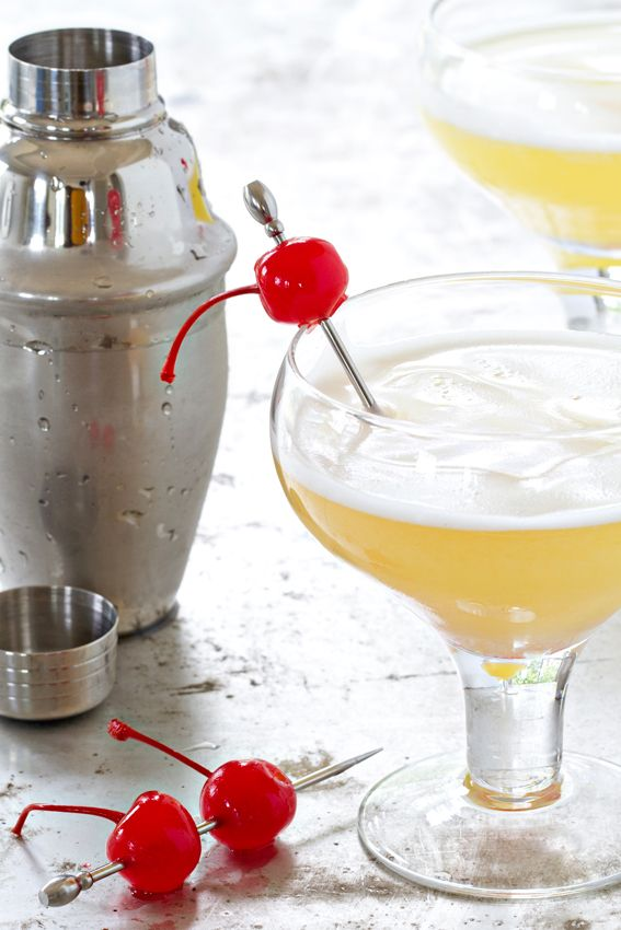 Pineapple Upside Down Cake Cocktail | My Baking Addiction