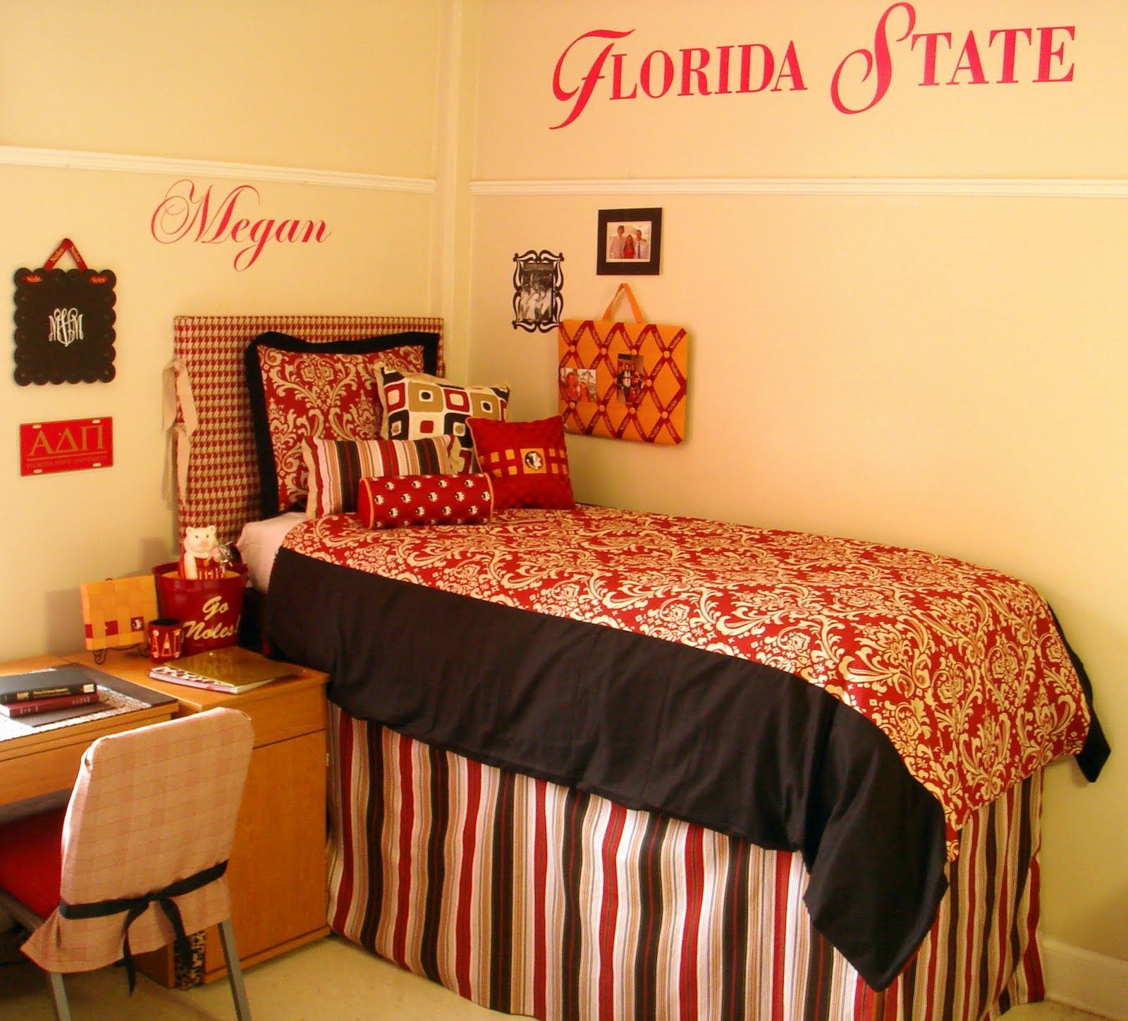 Cute Except It Would Have To Be Georgia Not Florida ;) Decor 2 Ur Door: How  Do I Decorate My College Dorm Room?   Dorm Room Bedding And Decor, ...