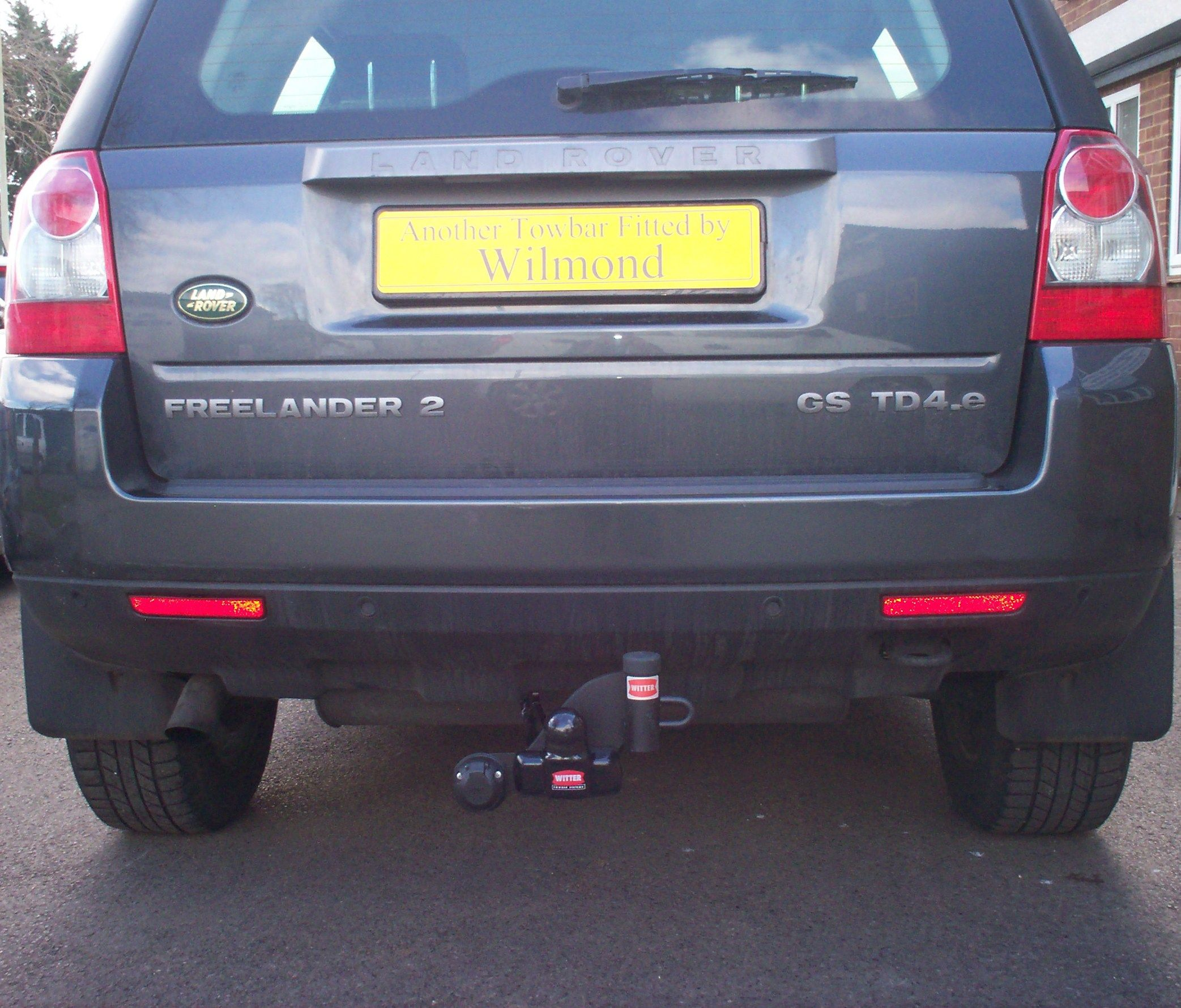 A Rv4216a Pct Automotive Flange Ball Towbar And Single 7 Pin Land Rover Freelander Wiring Diagram 2 Fitted With Witter Cycle Carrier