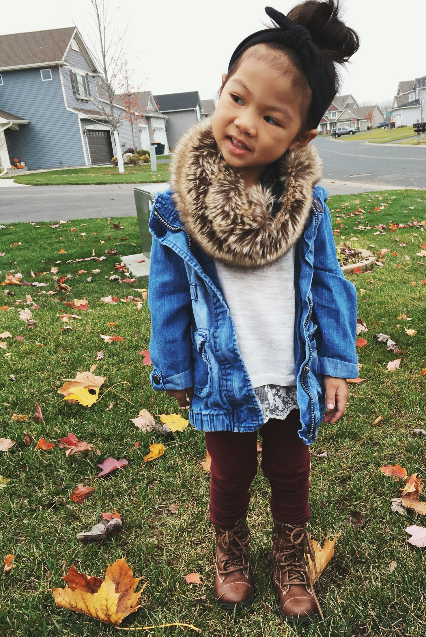Cute outfit for a girl toddler. Love the faux fur scarf ...