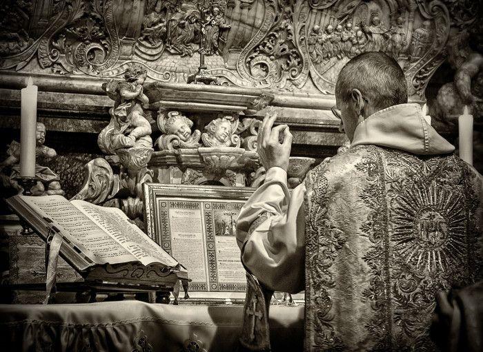 Znalezione obrazy dla zapytania liturgia dominikańska