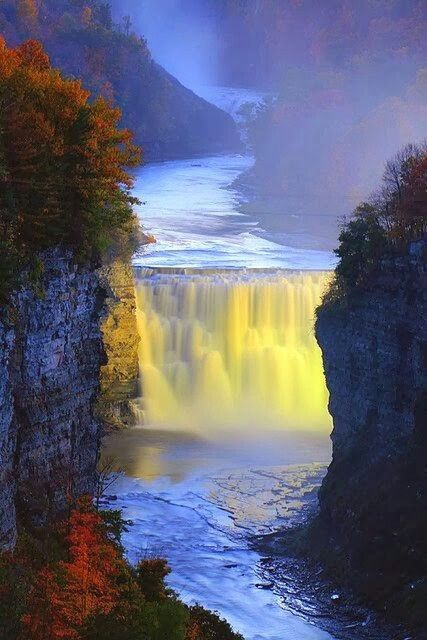 #LetchworthStatePark is a #NewYork #statepark located 35 miles (56 km) southwest of #Rochester and 60 miles (95 km) southeast of #Buffalo in #Livingston (towns of #Leicester, #MountMorris, and #Portage) and #Wyoming (towns of #Castile and #GeneseeFalls) counties. The park is roughly 17 miles (24 km) long, covering 14,350 acres (58 km2) of land along the #GeneseeRiver.