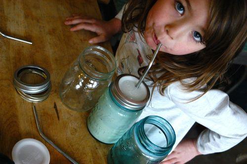 diy straw cup from a mason jar