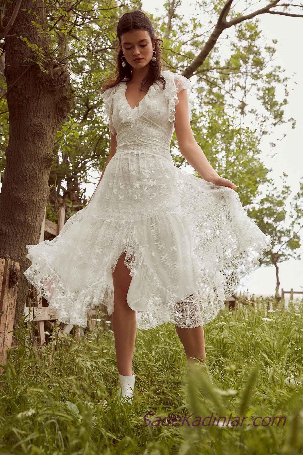 En Guzel 2020 Beyaz Elbise Modelleri Midi Kolsuz V Yakali Buzgulu Onden Yirtmacli Elbise Modelleri The Dress Elbise