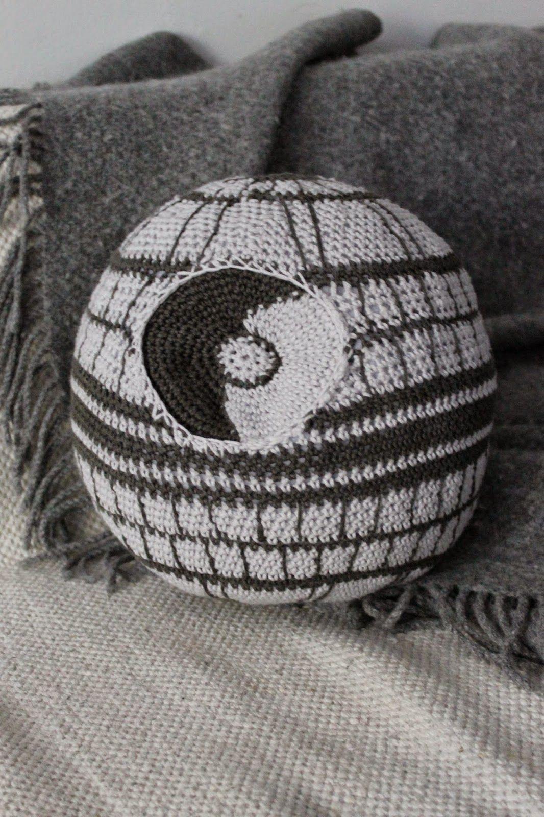 Kaita-Liina: Death Star- Free Crochet Star Wars Pattern (scroll down ...