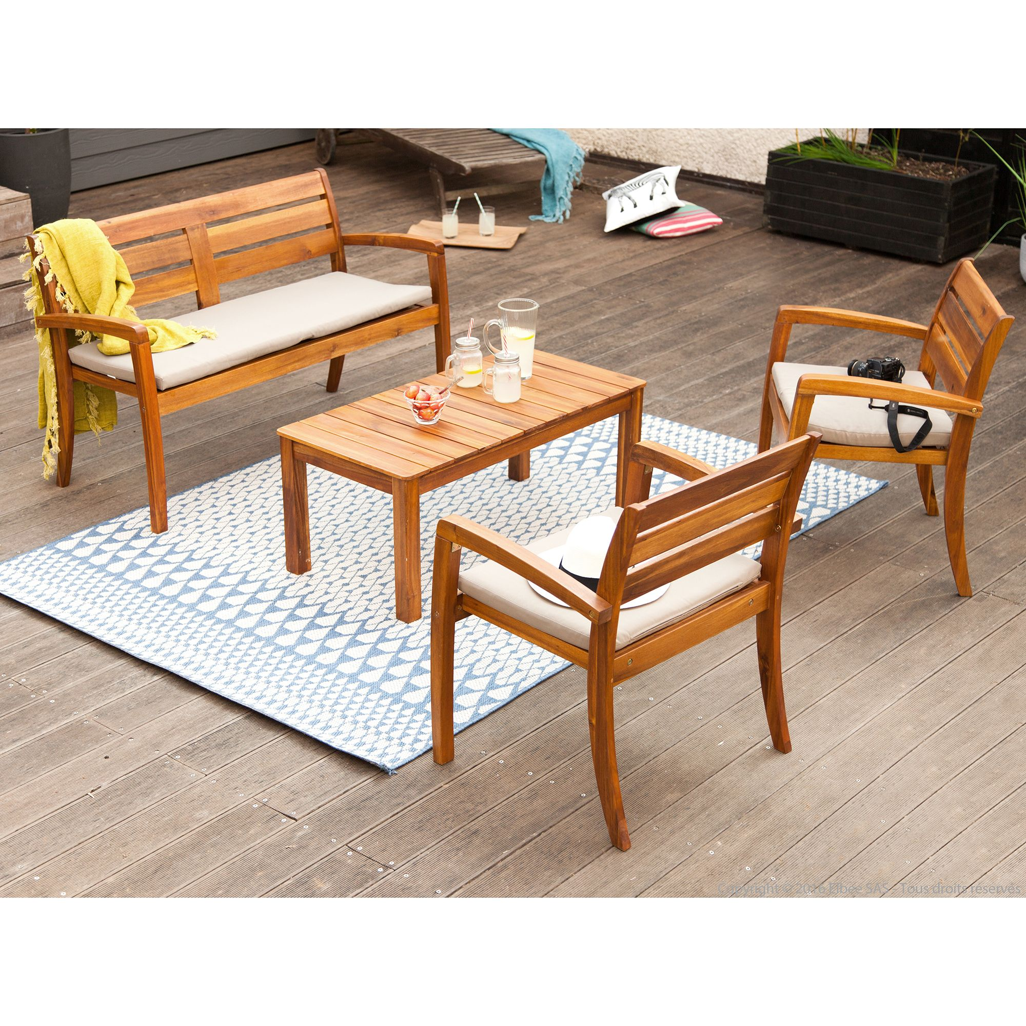 Salon de jardin 4 places en acacia : 1 table basse + 1 ...