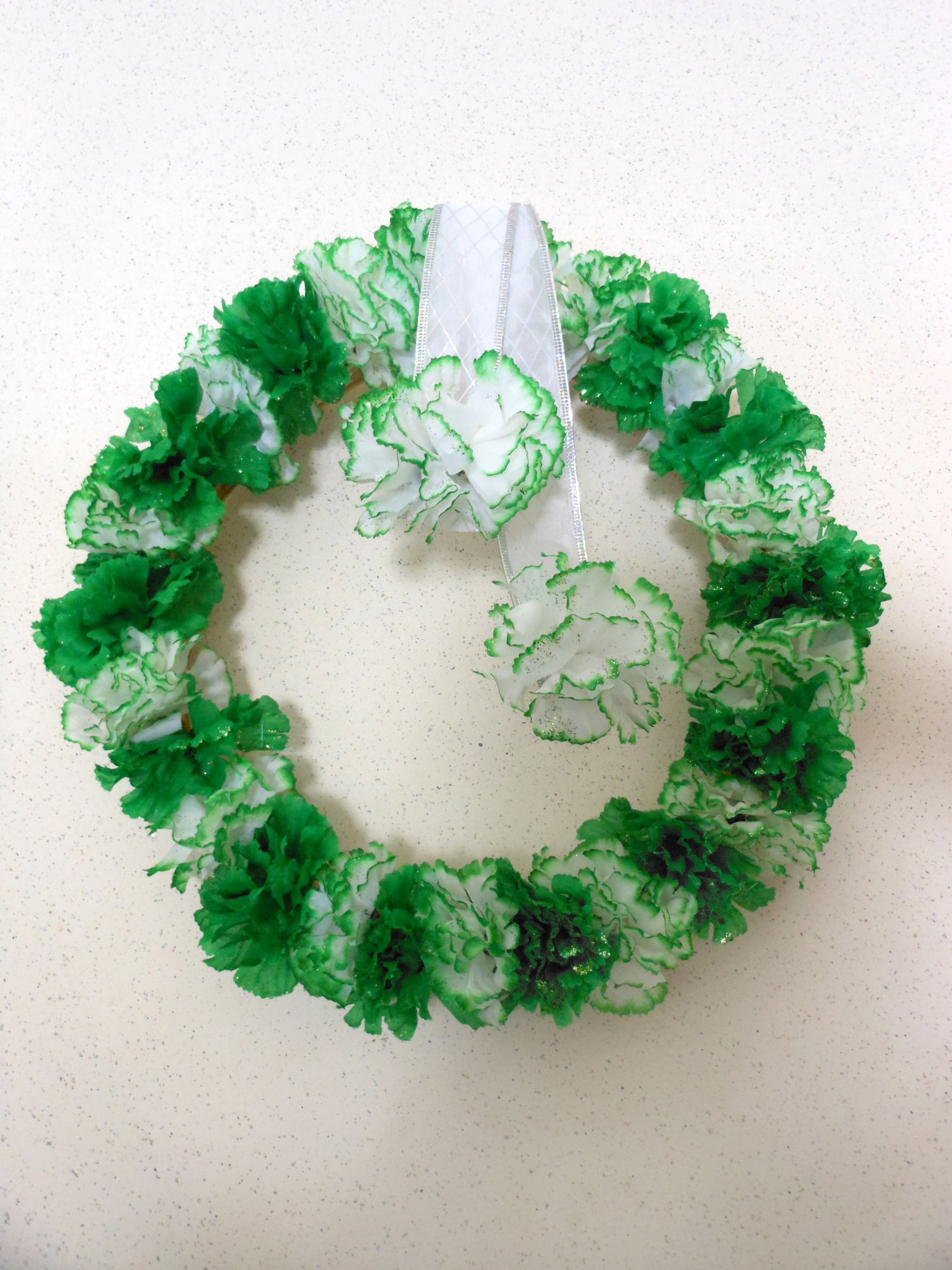 My Diy St PattyS Day Wreath Dollar Tree Fabric Glitter Flowers