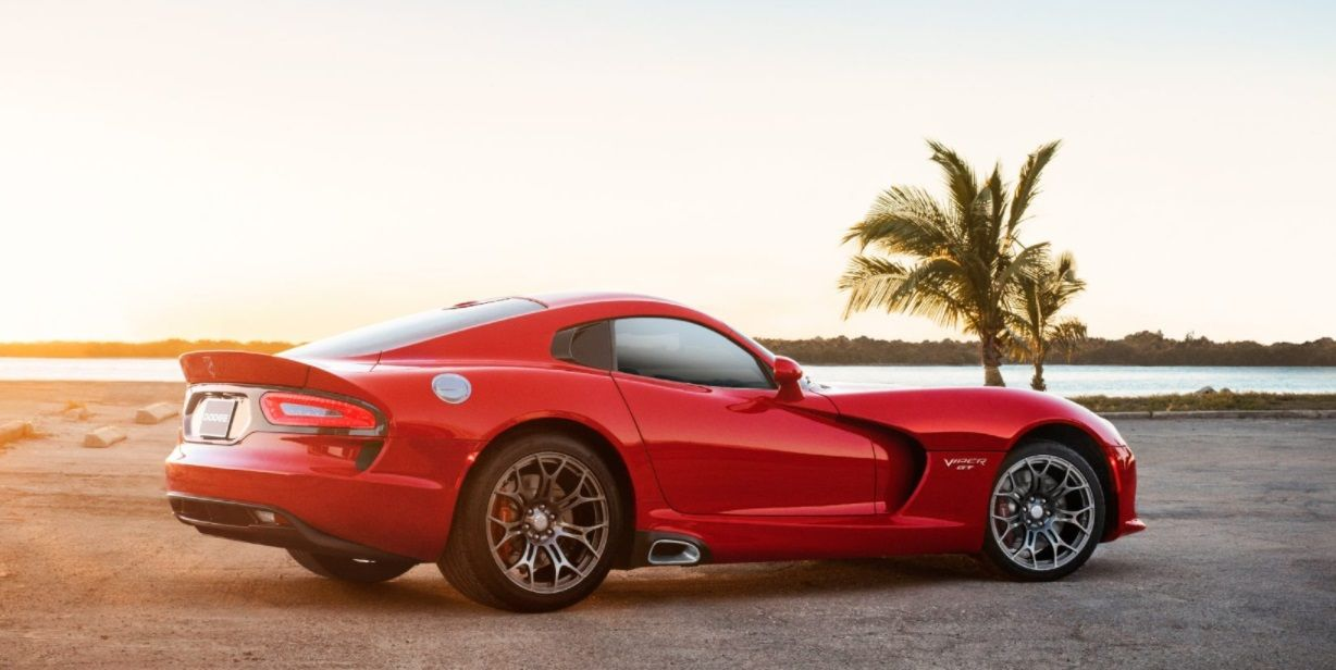 The 20 Fastest Production Cars On Sale Today Dodge Viper Top 10 Fastest Cars Dodge
