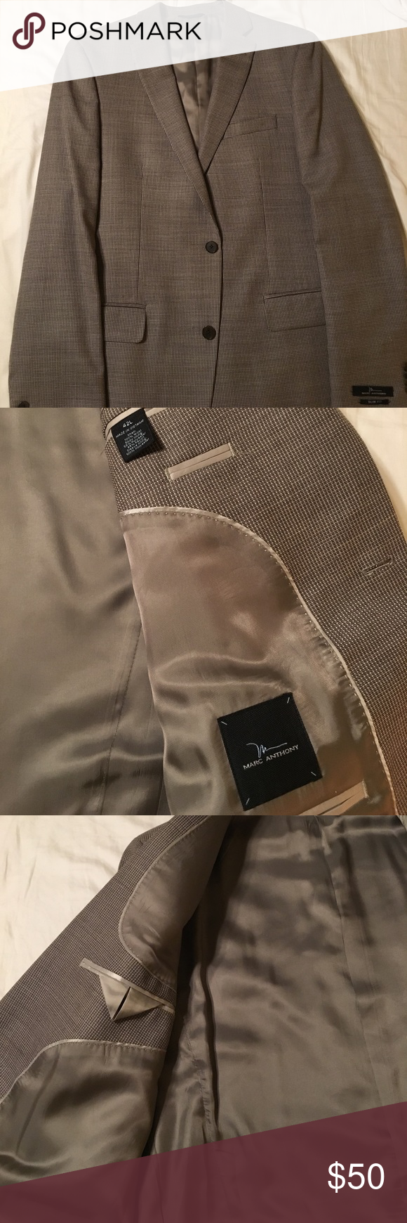 Brand New! Marc Anthony Slim Fit blazer. Size 42L NWT