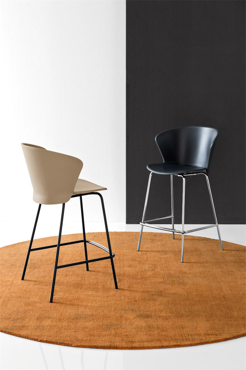 Calligaris | Aida Bar Stool | Available in a number of colours ...