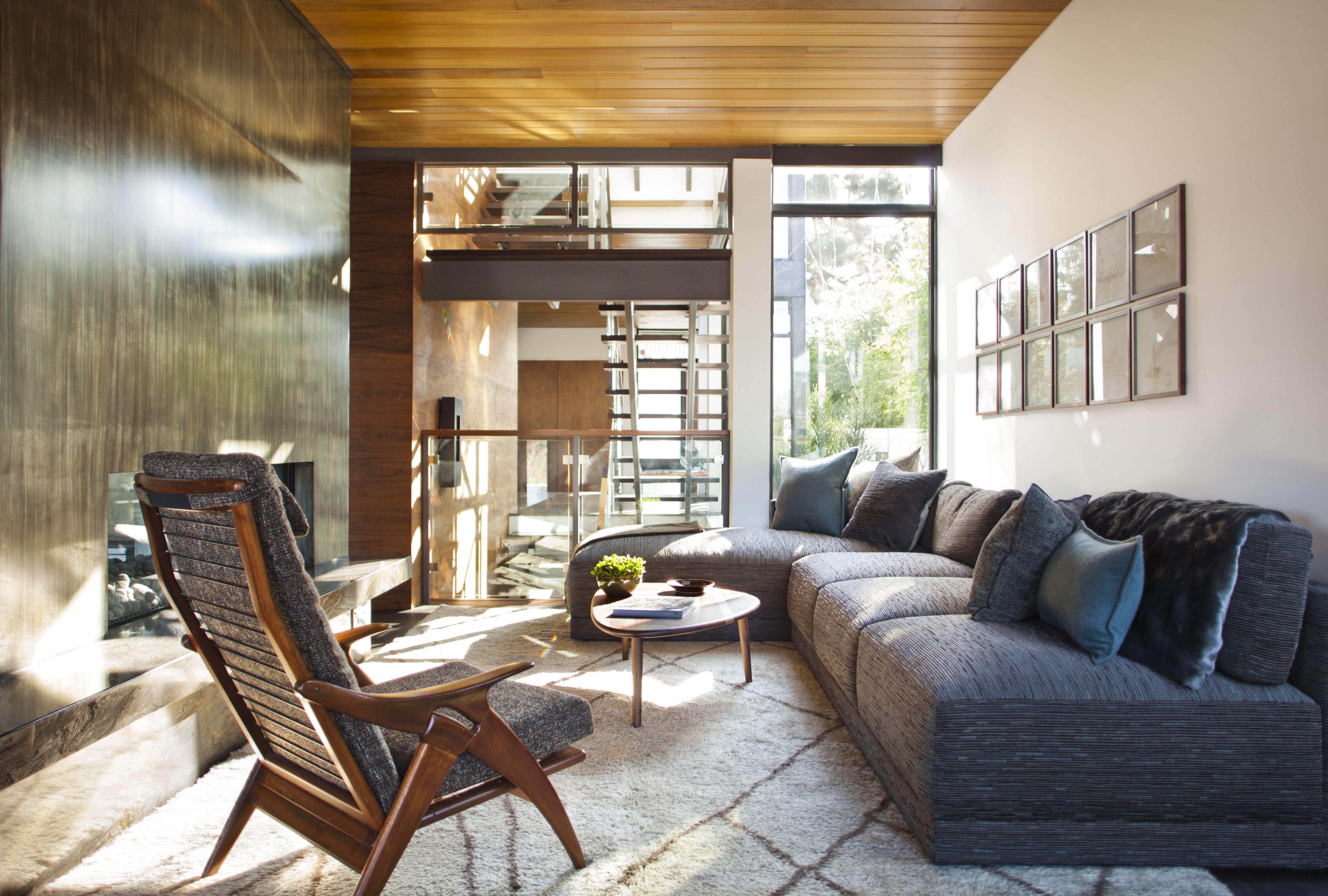Adelaide House by Denise Kuriger