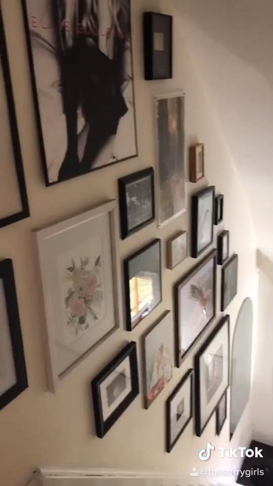 How to Hang a Perfect Gallery Wall in 4 Easy Steps!