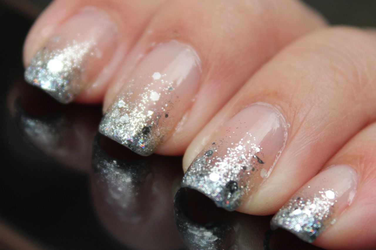 yukieloves ♥ warmvanillasugar0823: NOTW: Glitter Gradient ...