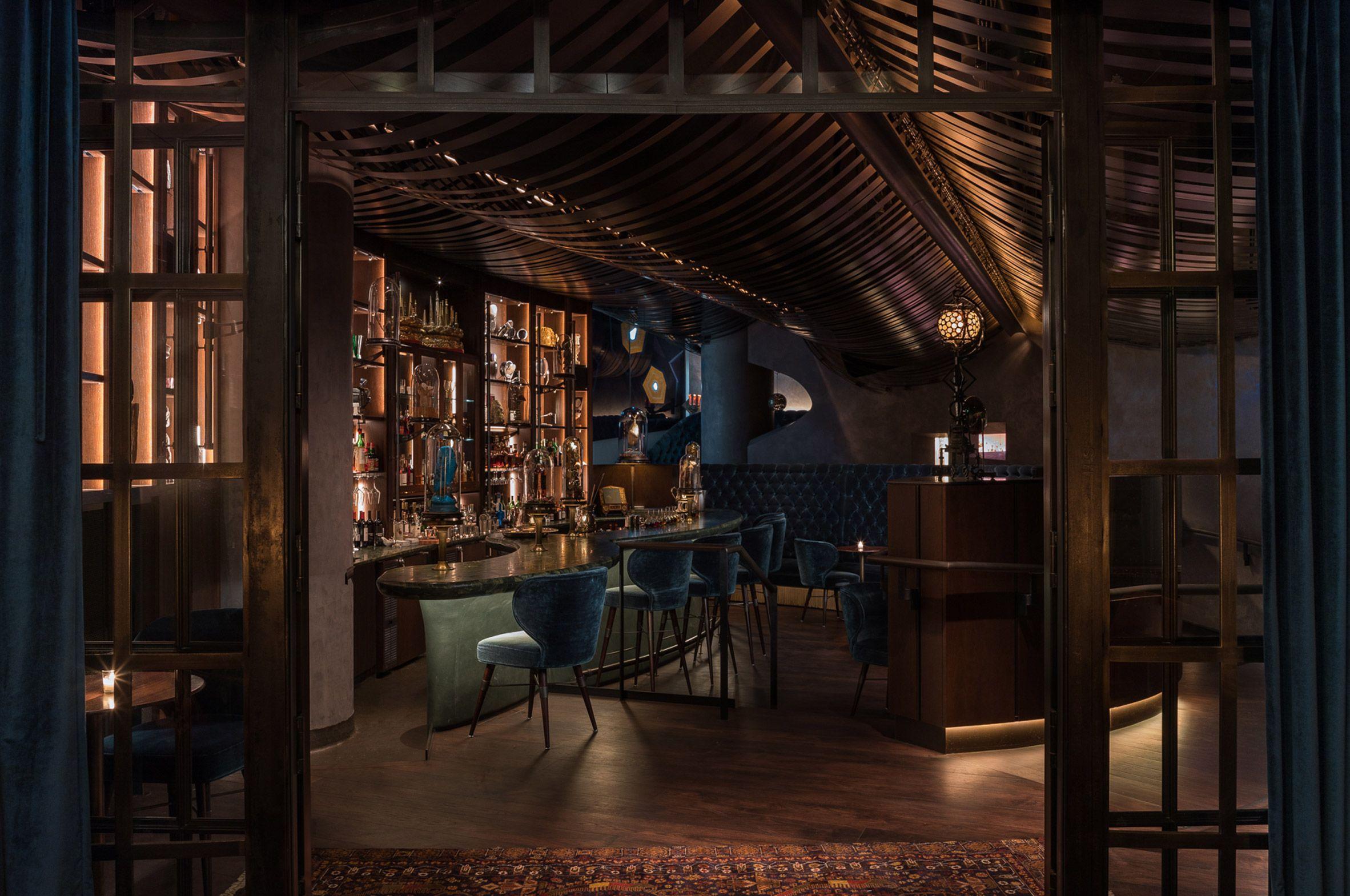 Deep Dive Restaurant Blue Decor Dive Bar Seattle Architecture Cool Bars