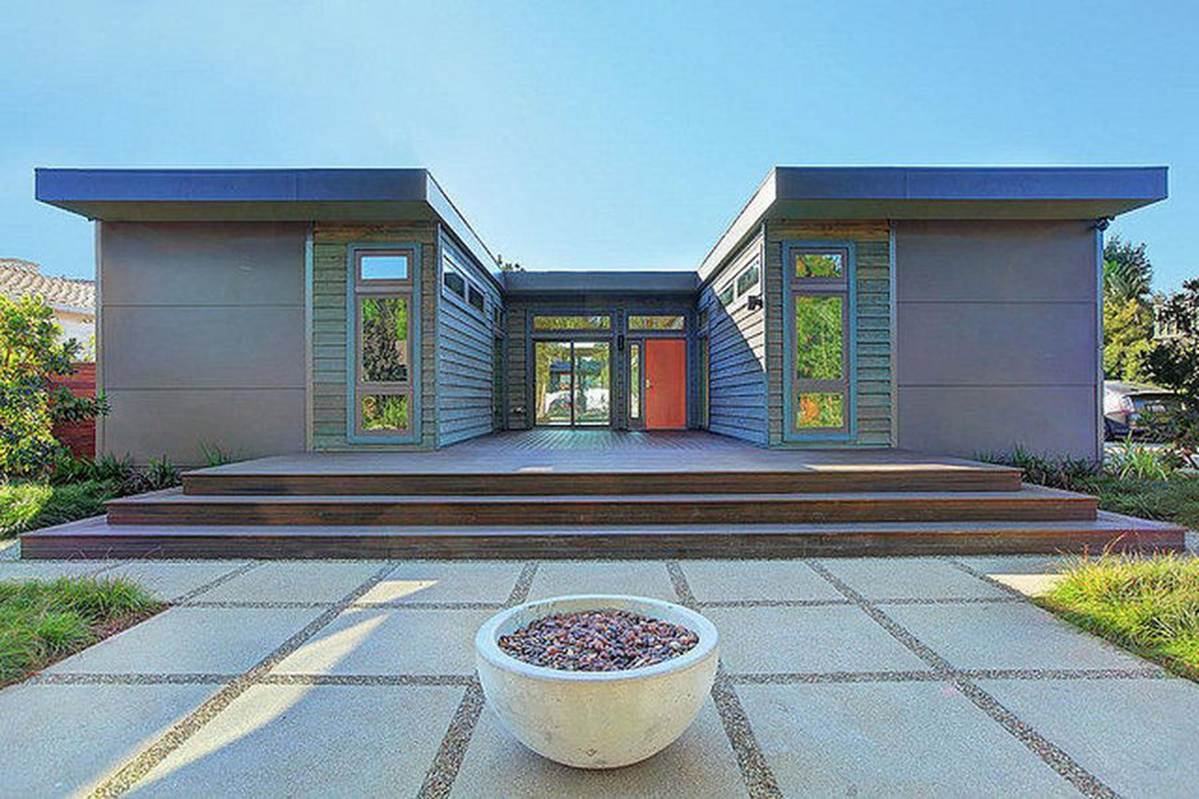 5 affordable modern prefab houses you can right now