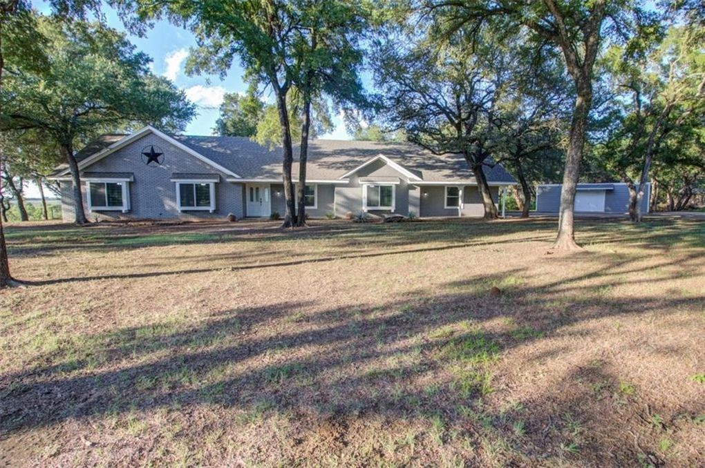 beautiful ranch style home in waco our real life fixer upper 215 rh pinterest com