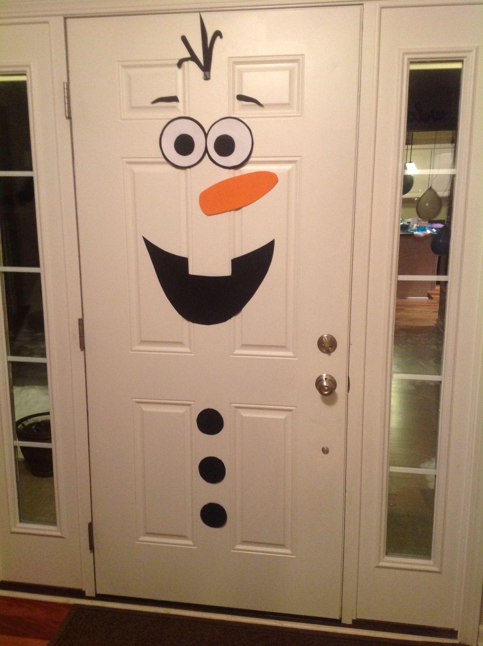 Frozen birthday party olaf front door decoration diy for Diy christmas front door decorations