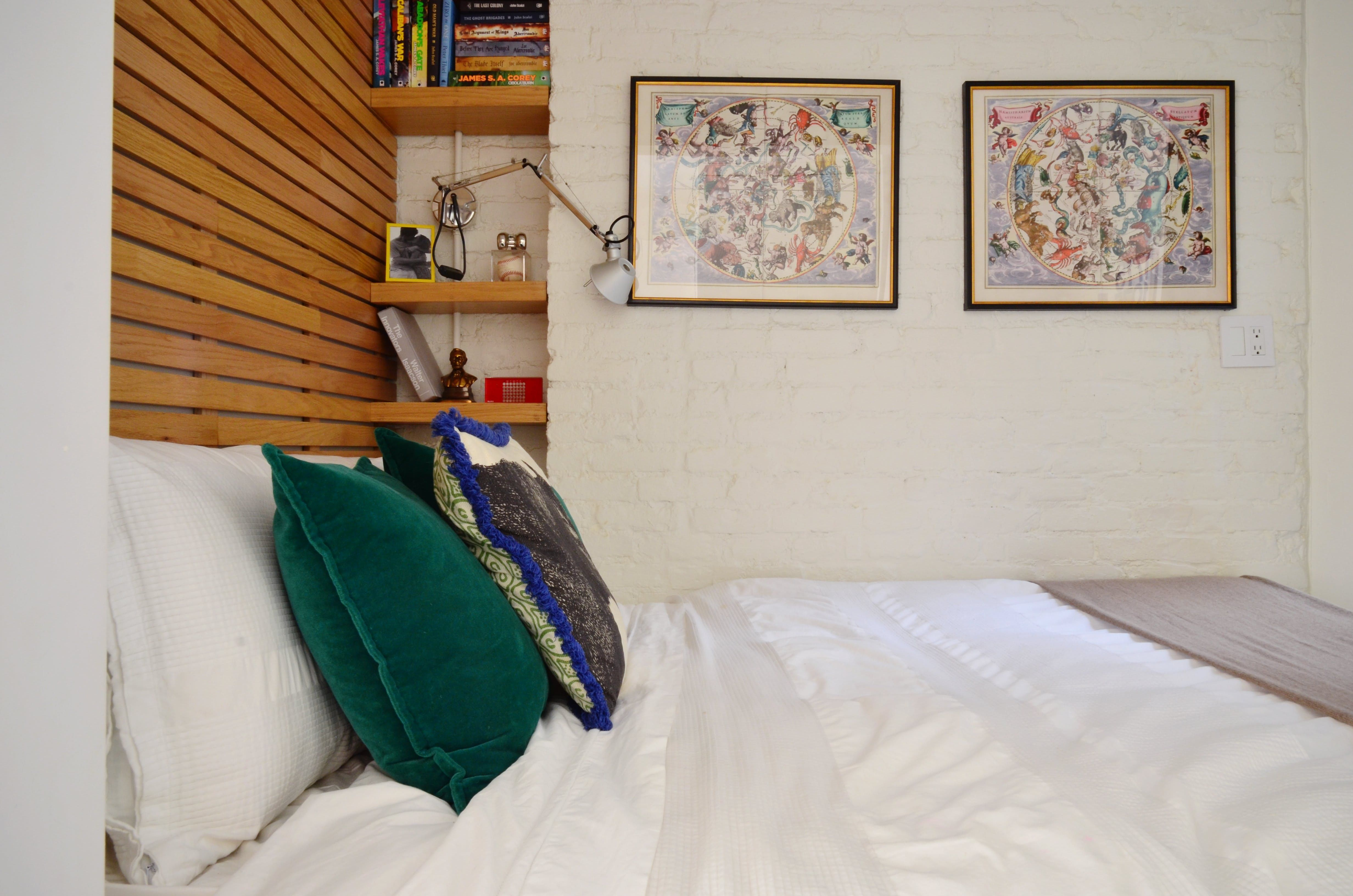 A New York Couple Shares 350 Square Feet | Small spaces, House tours ...