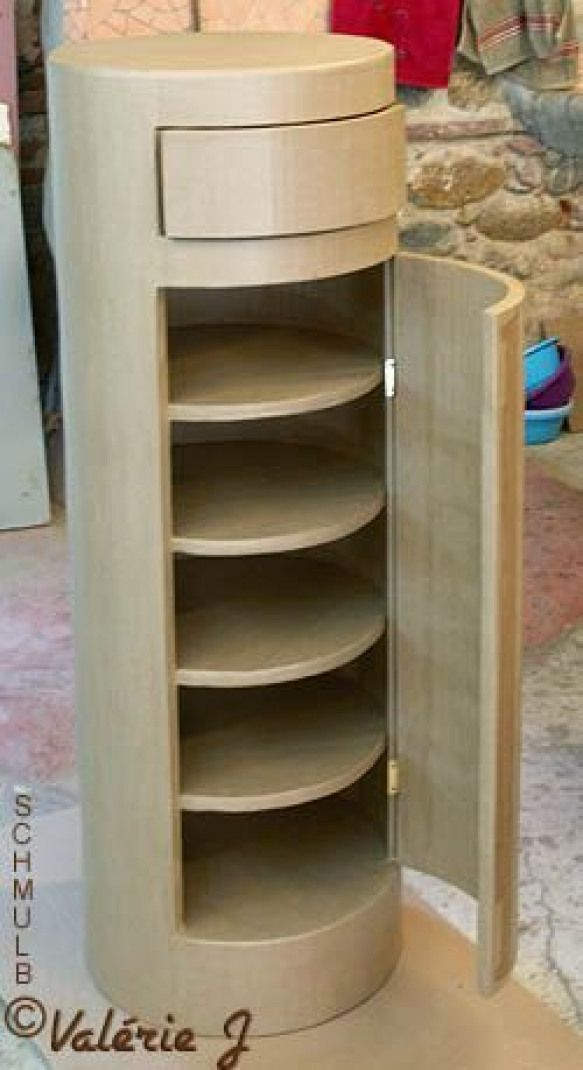 Buffet Cylindre En Carton Diyfurniture Diy Furniture Cardboard Em 2020 Moveis De Papelao Tubos De Papelao Moveis Para Festa