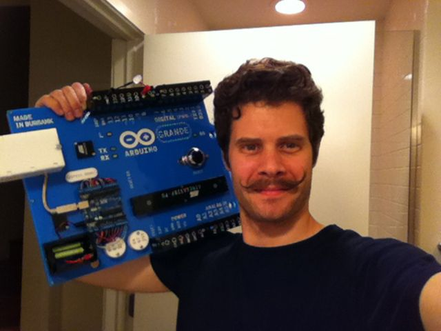 Arduino Grande is a \'comically large,\' fully functional ...