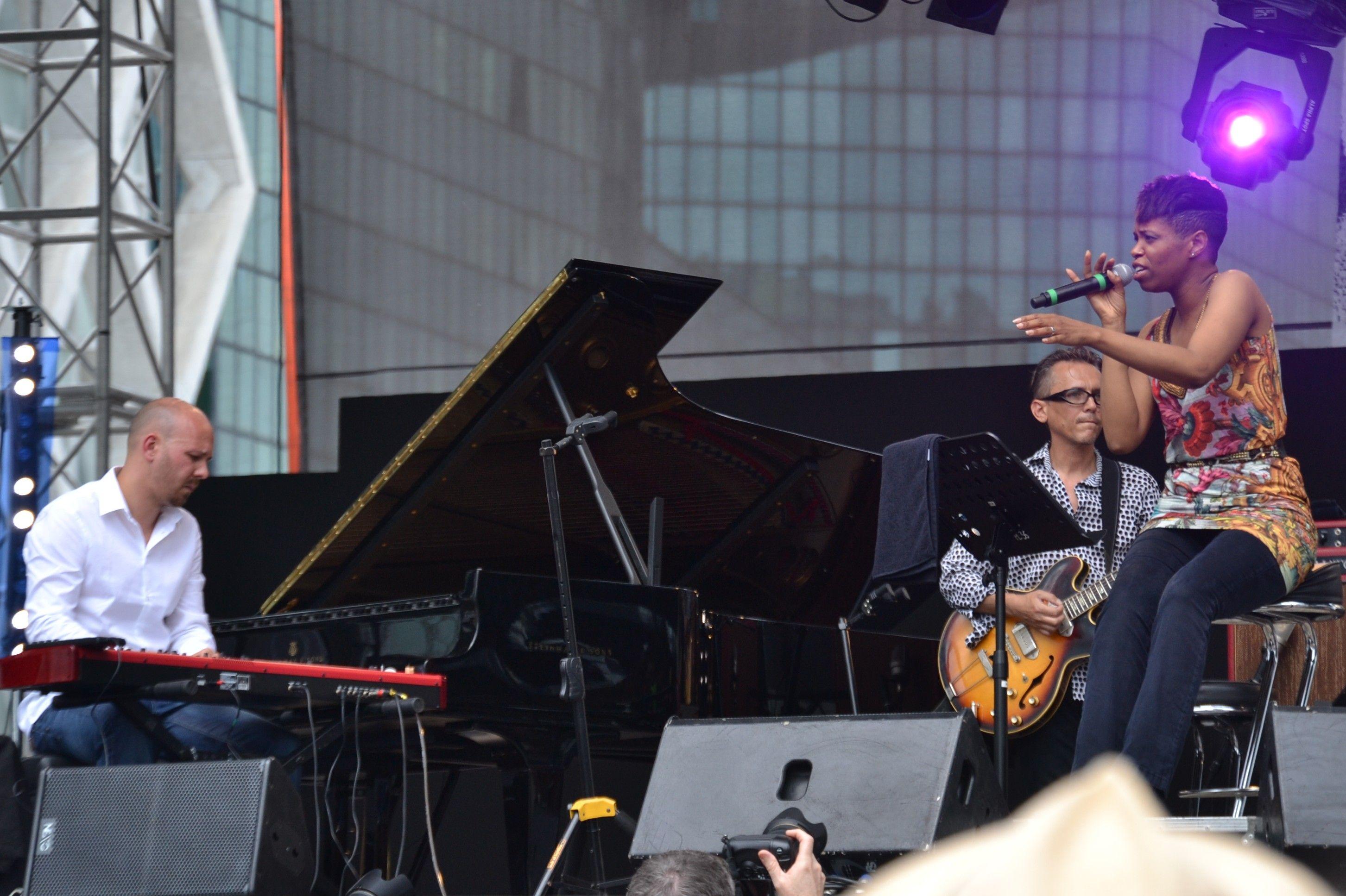Kellylee Evans au festival Jazz de la Défense
