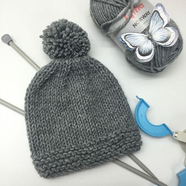 Ravelry: Hat with Pompom pattern by Ana Alfonsin | HATS - KNIT ...